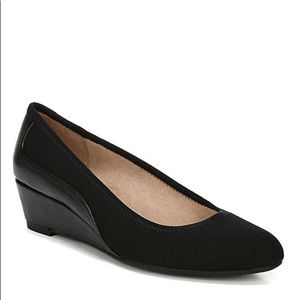 NEW BLACK WEDGE SHOES